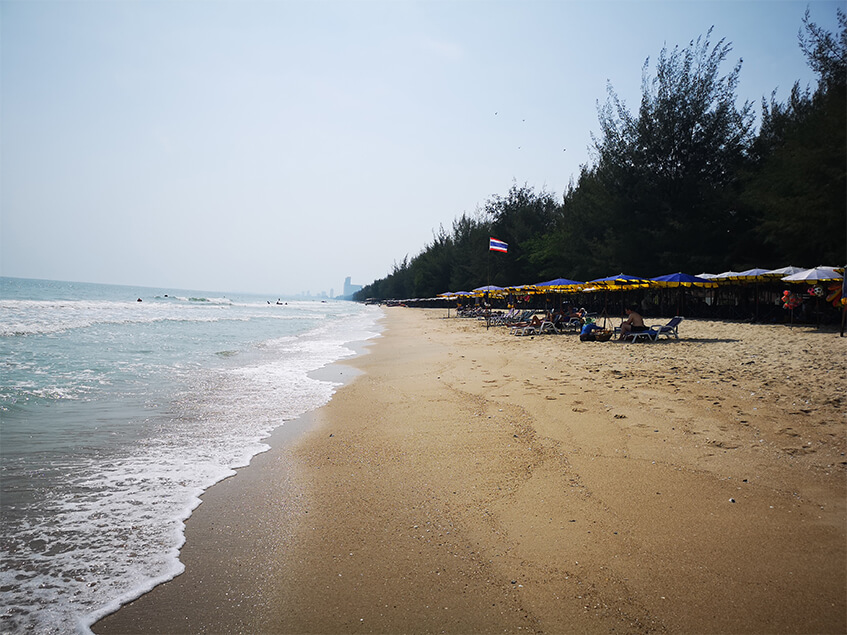 Stranden i Cha-am