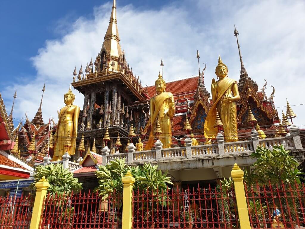 Tre Buddha-statuer